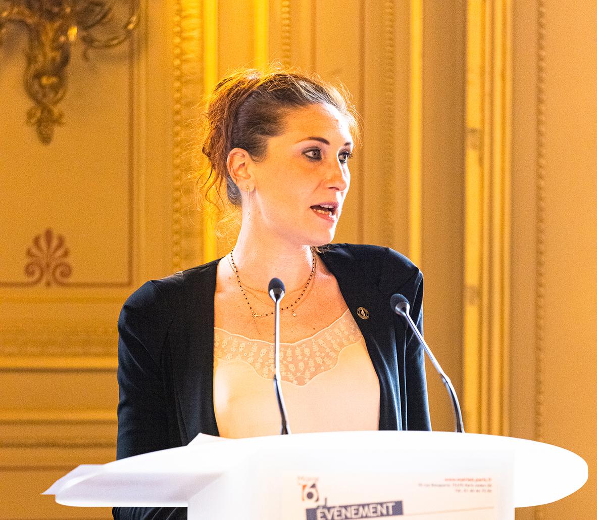 Hélène Dumas